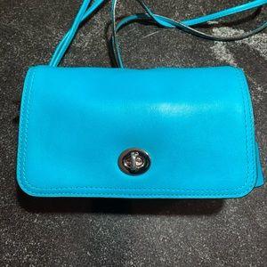 Women's classic Coach purse